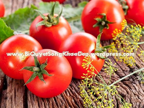ăn cà chua chống khô da vào mùa đông mùa lạnh