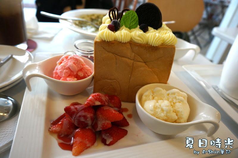 夏日時光咖啡館blossom cafe|大里也有蜜糖吐司!少女的最愛~不過阿新也很愛~~甜滋滋