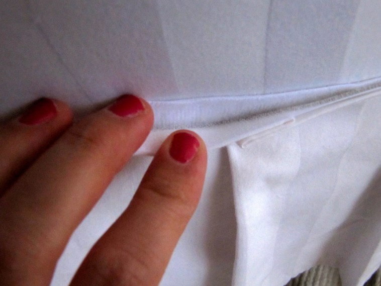 How To Make Arm Chair Slipcovers For Less Than 30 Tos Diy