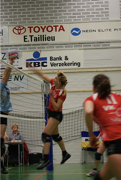 smash volleybal