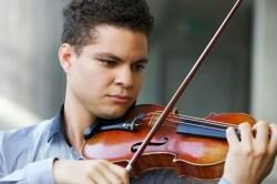 Esta joven promesa del violín es procedente de Maturín, estado Monagas, donde inició sus estudios a los 8 años de edad