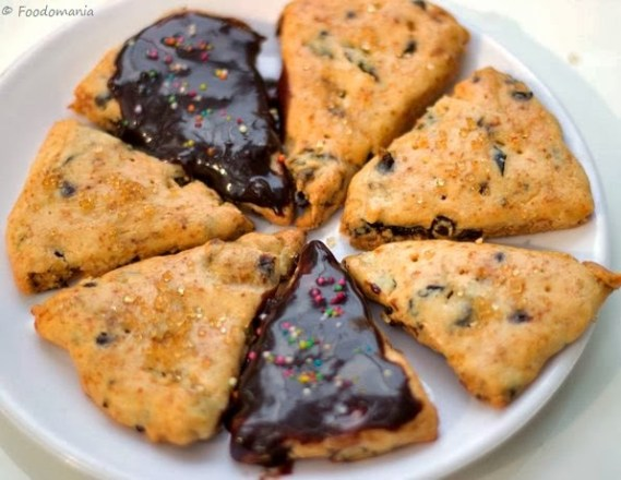 Vanilla and Prune Scones | Best Eggless Scones Step by Step Recipe