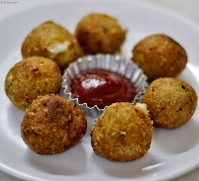 Corn Cheese Balls Recipe | Easy Vegetarian Appetizers | Written by Kavitha Ramaswamy of Foodomania.com
