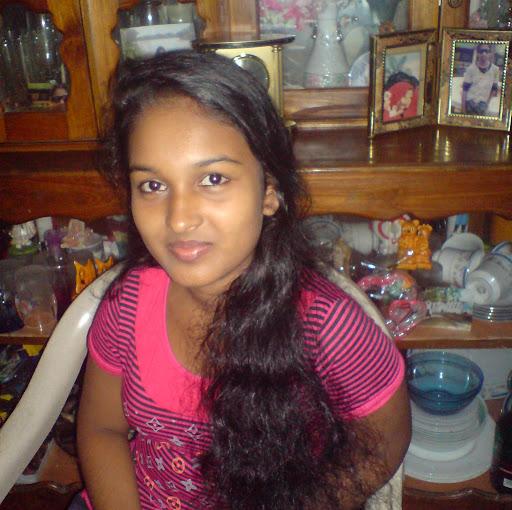 School Lanka Kello Hukanawa Sri
