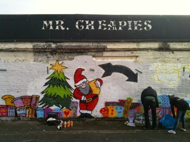 Christmas spray painting for charity