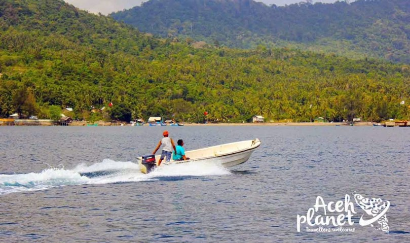 Mengelilingi Pulau Weh dengan boat.