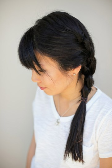 Side French Braid Tutorial // Quick and Easy Hairstyles.