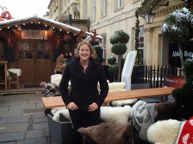 Apres Ski hut Bath - Outside with Rudolph