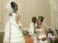 sugar & creme: .Marry me? I have cake.