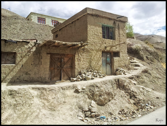 abandoned ladakhi house