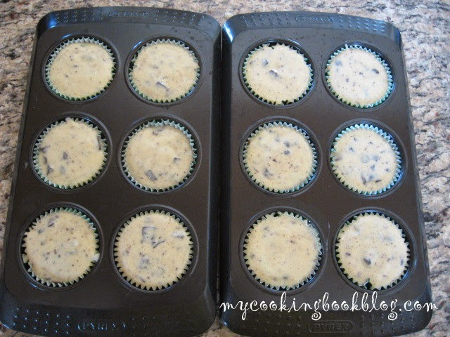 Шоколадови кексчета с чийзкейк слой