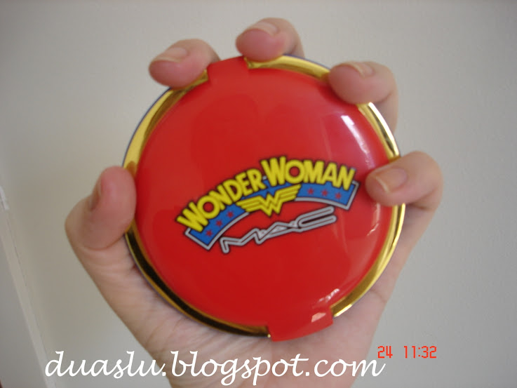 Mac Wonder Woman: Mineralize Skinfinish Pink Power