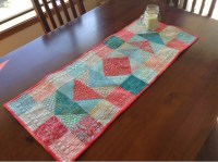 Jen's Crafts and Quilts Scrapbook: Batik table runner