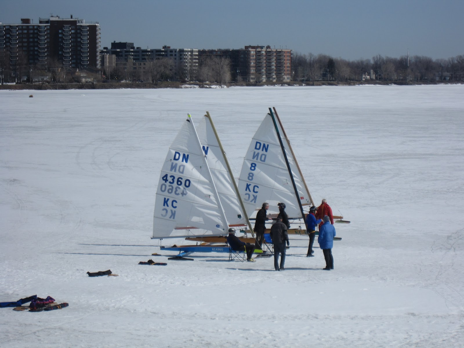 Montreal Sailing DNs Out For A Spring Blast