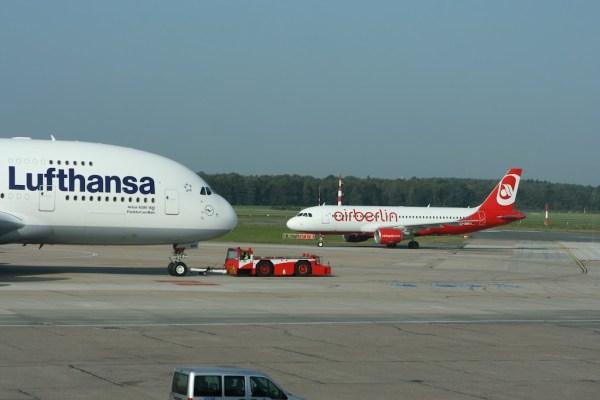 Ein interessanter Größenvergleich zwischen einem A380 und einem A320