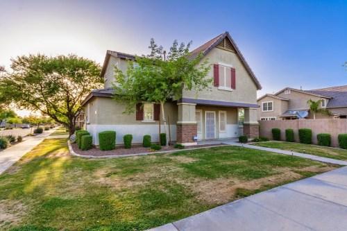 3 bedroom homes in Phoenix 85040