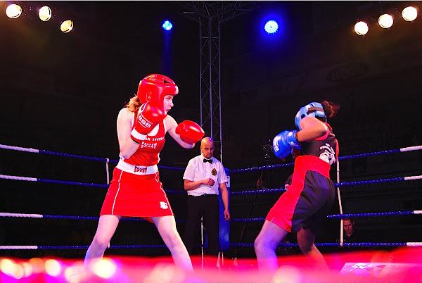 Florence De Coster vs Aisha Kebe