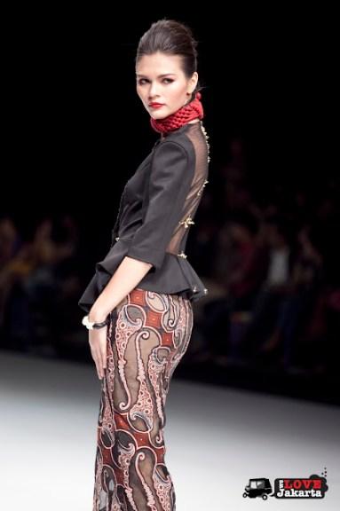 Dessy Natalia_Hello, Young Java!_Indonesia Fashion Week 2013_JCC Senayan_Jakarta