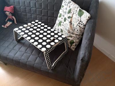 Sofá KNOPPARP de IKEA.