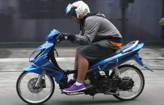 Modifikasi Motor Matic  Matic Drag Bike Modifikasi