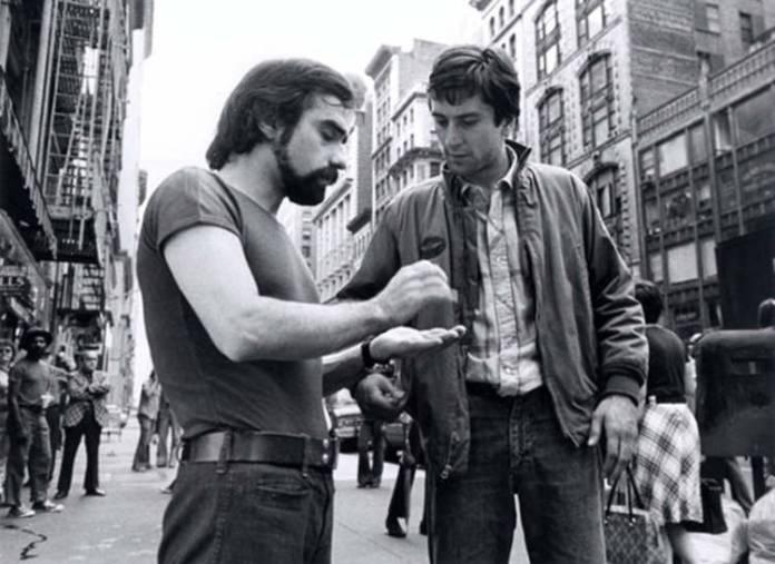 Un jovencísimo Martin Scorsese en el rodaje de Taxi Driver