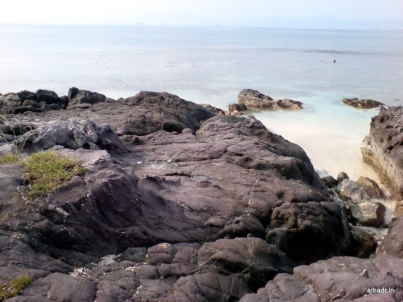 Beautiful Landscape of Mutun Beach and Tangkil Island – part 3 of 3 : The Island (6/6)