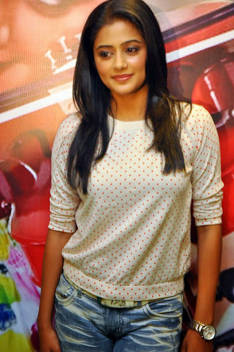Priyamani Photos