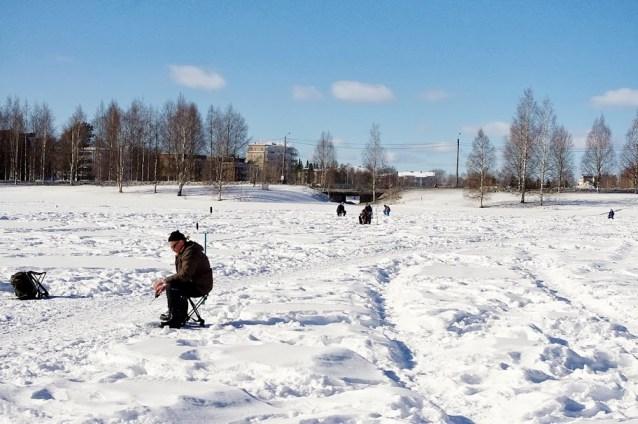 Pesca sobre el hielo