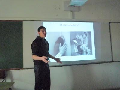 En Brian Morales durant la seva exposició
