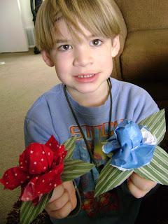 Lollipop Roses and Violets Valentine Craft