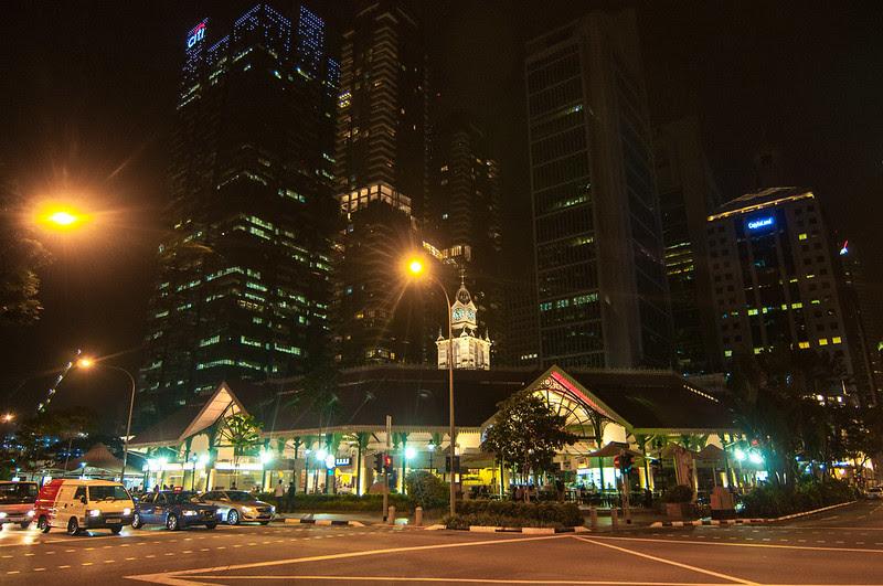 六康康的攝影足跡: [新加坡老巴剎]新加坡自由行D2-9來新加坡一定要來體驗,被摩天大樓包圍的老巴剎露天燒烤