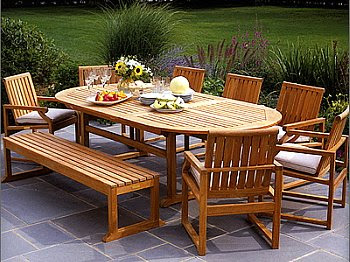 best outdoor table and chairs