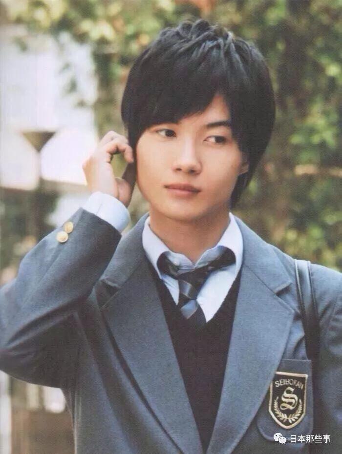 日本鄉民投票說還想看這些明星再穿一次制服啊 - Love News 新聞快訊