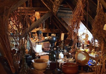 Pagan Witch Home Decor 4