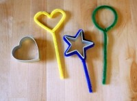 mommo design: WITH A PIPE CLEANER...