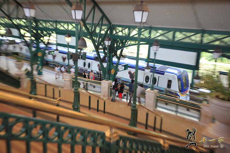 [香港自助行] 迪士尼站Disneyland Resort地鐵站~前往童話世界之路 - 熊本一家の愛旅遊瘋攝影