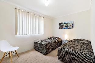 Glebe Furnished Apartments 24 Wigram Raod Hotel
