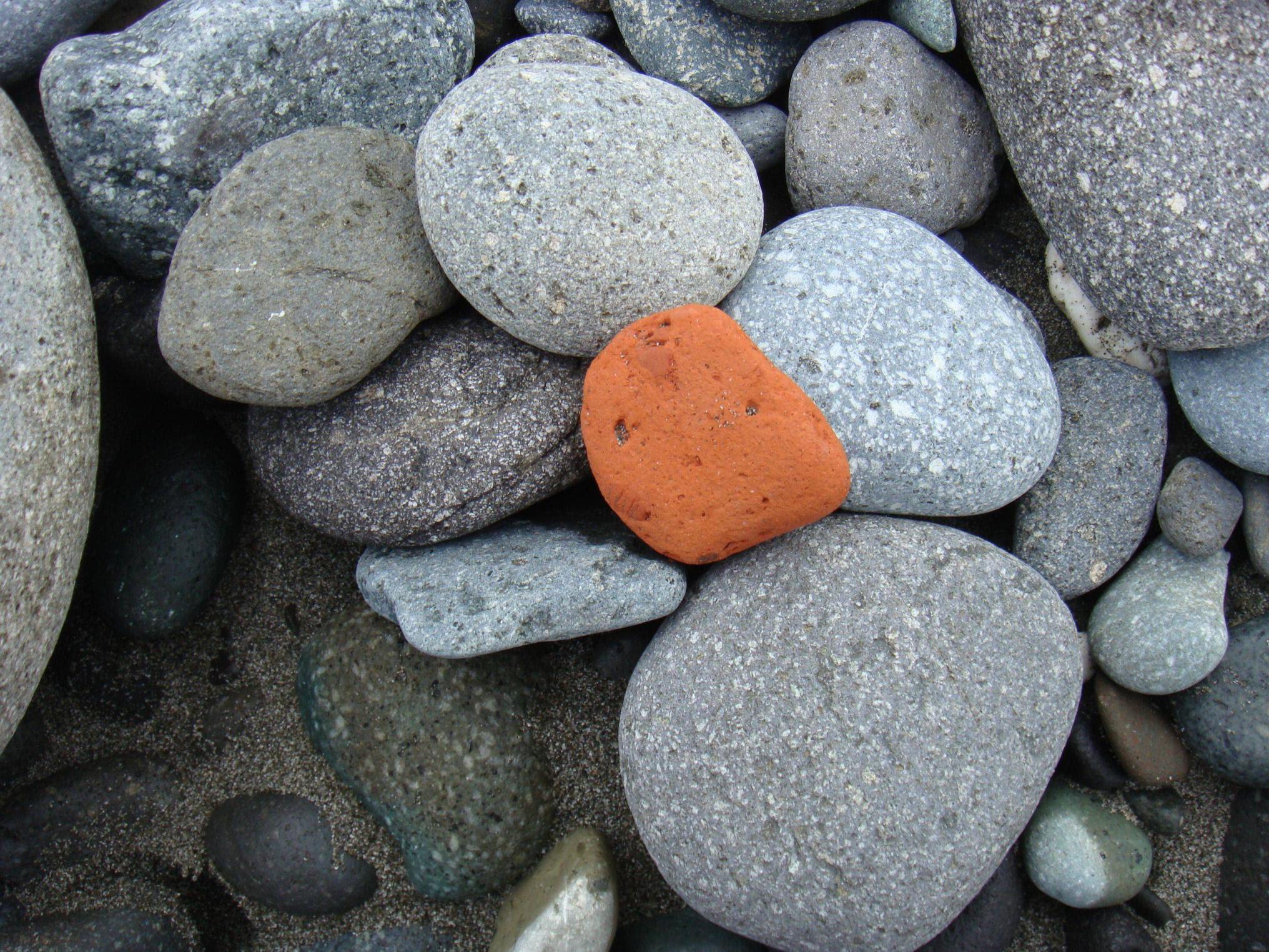 寂里雅嵐--關於海和夢想的故事手札: 0406:獵石頭