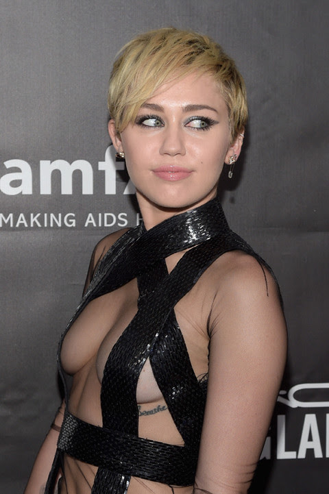 Miley Cyrus There Light Never Goes Out