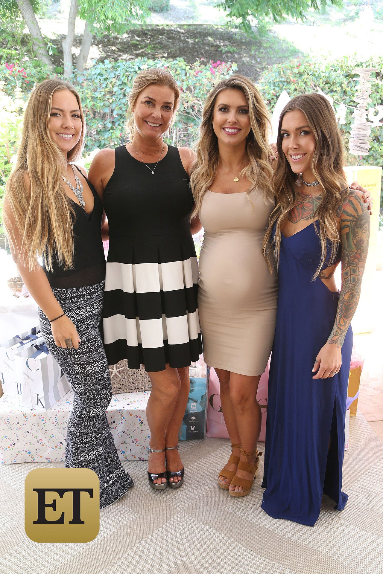 Baby Shower Guest Outfit Ideas Fall : shower, guest, outfit, ideas, Shower, Outfit, Ideas, Guests, Viewer