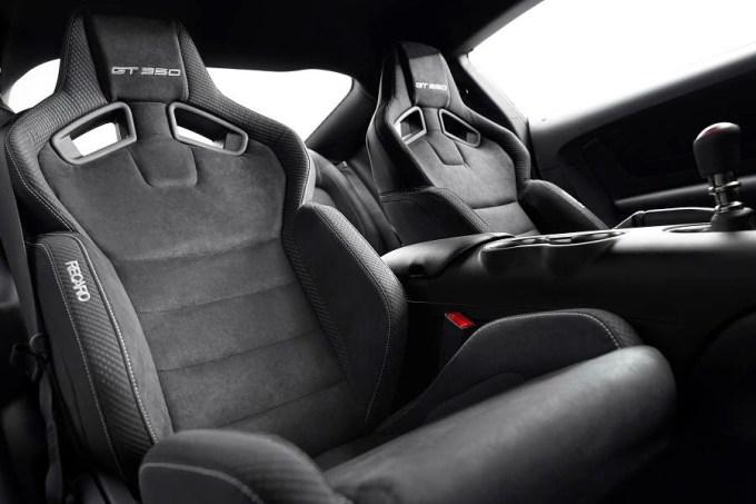 Shelby GT350 (2015) Interior
