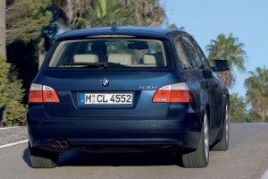 Автомобилната платформа BMW E61-back-Обръщане на волан
