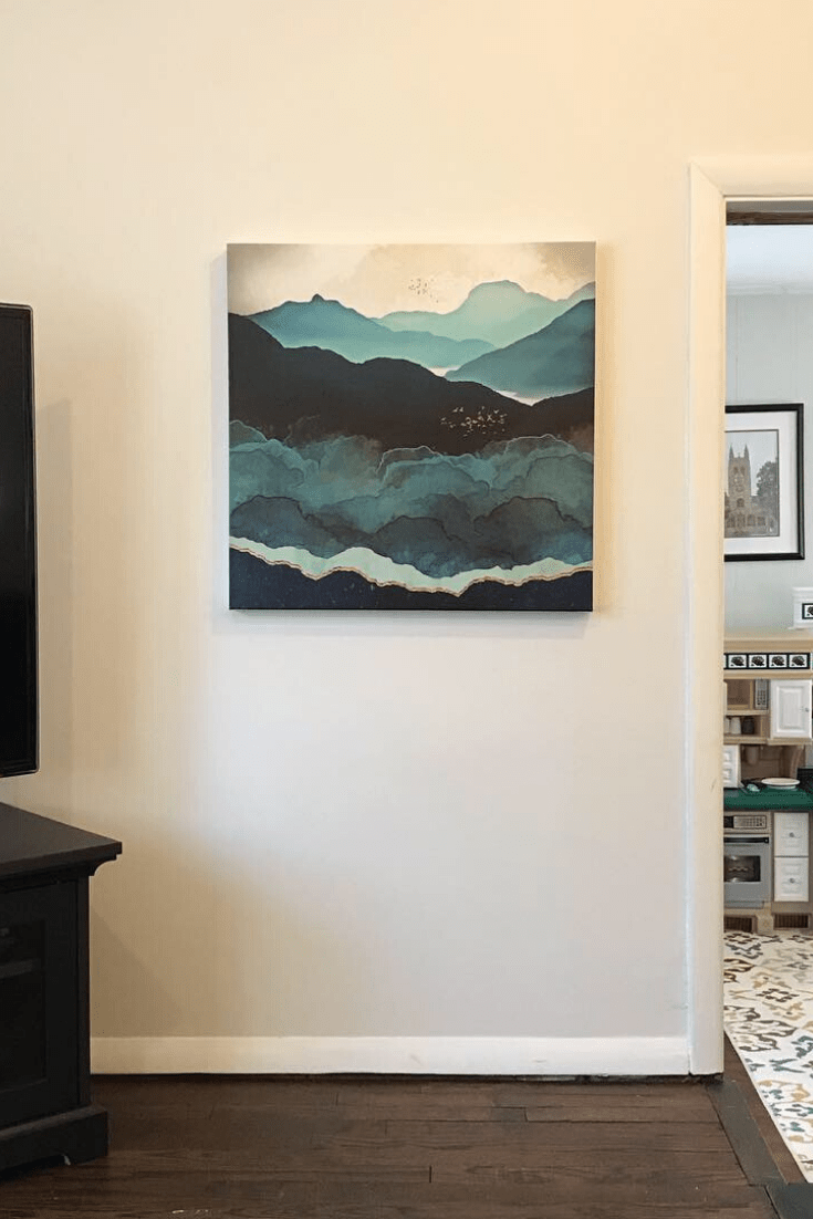 Client Project: Family Room Gets Stunning Modern Wall Decor
