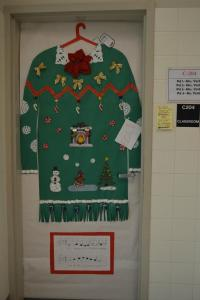 Ugly Christmas Door Decorations | www.indiepedia.org