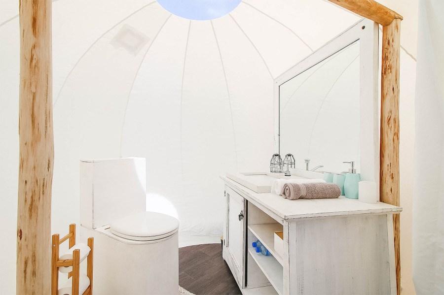 Durchsichtiges Zelt für ein spezielles Naturerlebnis