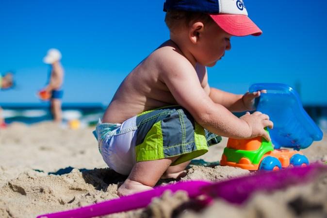Protetor Solar e sua importância desde a infância a fase adulta