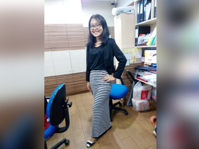 rok-panjang-long-skirt-black-and-white