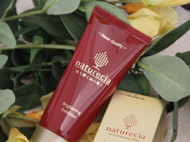 naturecia-brightening-exfoliator-beautynesian