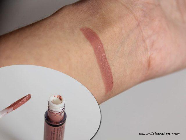 NYX Cosmetics Lingerie Lipstick