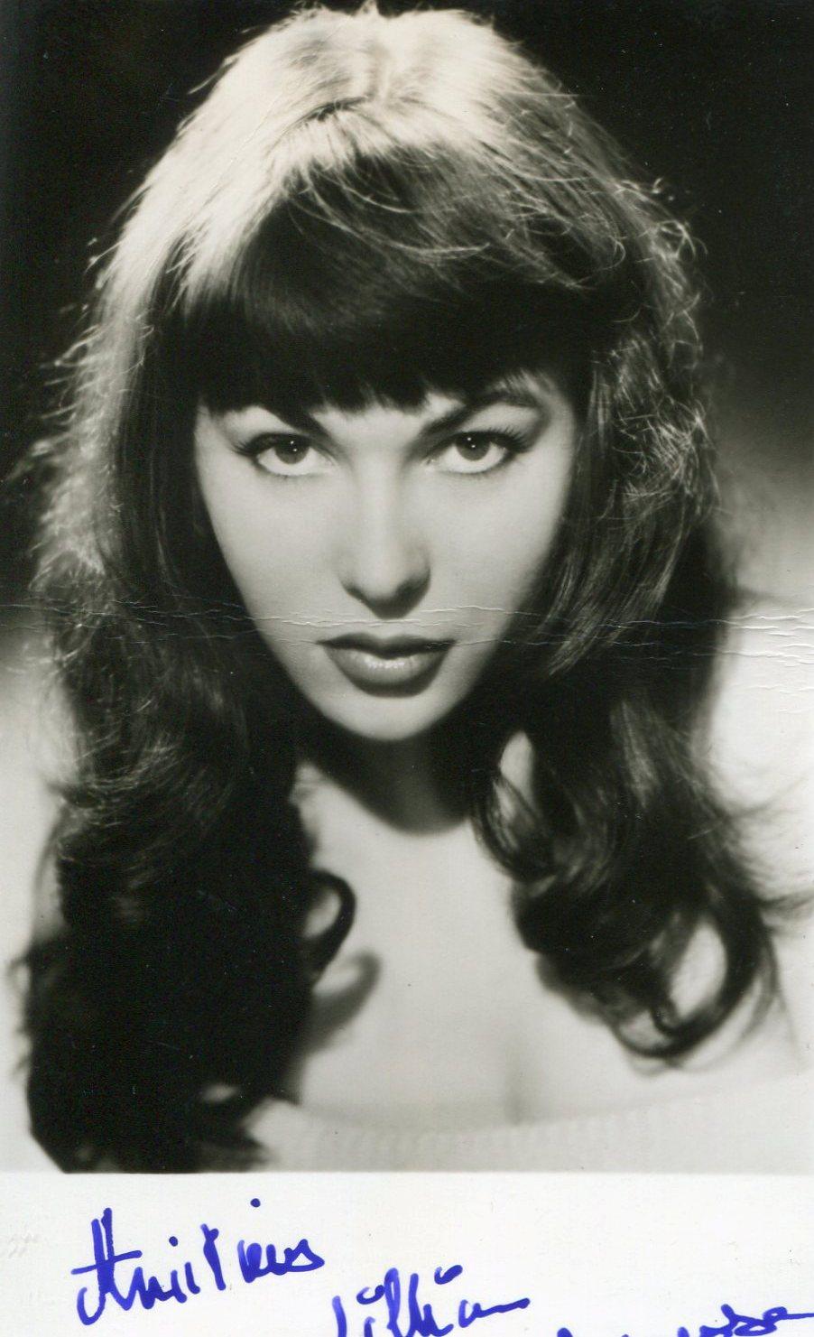 Cynthia Zamora (b. 1938)